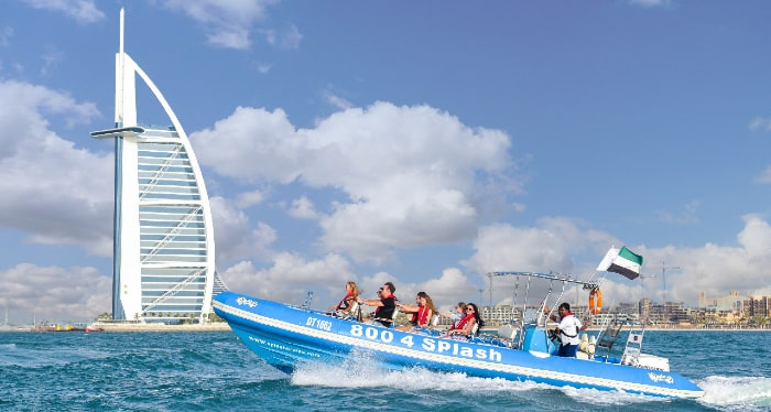 Splash along the Dubai Waters with the Splash Tours