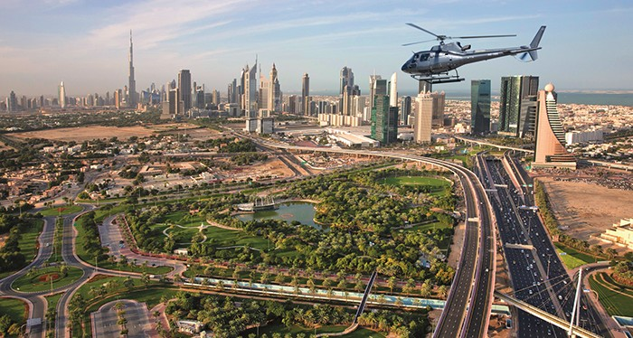 Take stunning images of the world's tallest building, helicopter tour dubai